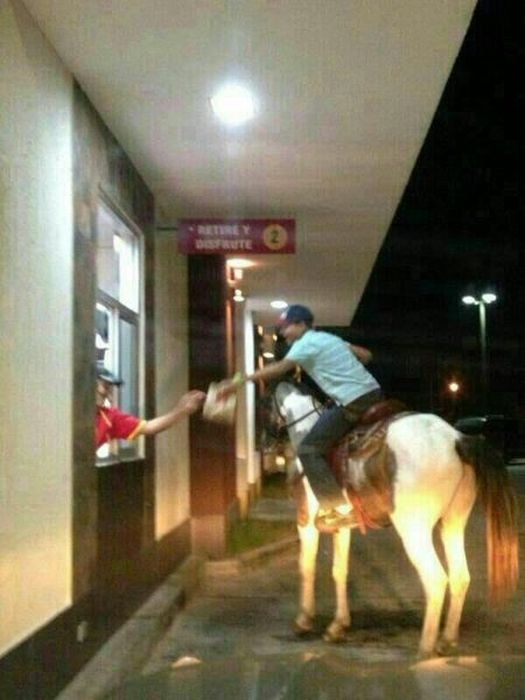 some_of_the_strangest_things_seen_at_mcdonalds_11