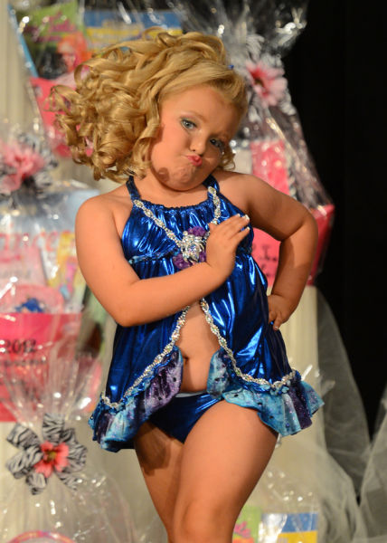 reasons_why_honey_boo_boo_is_proudly_american_640_15