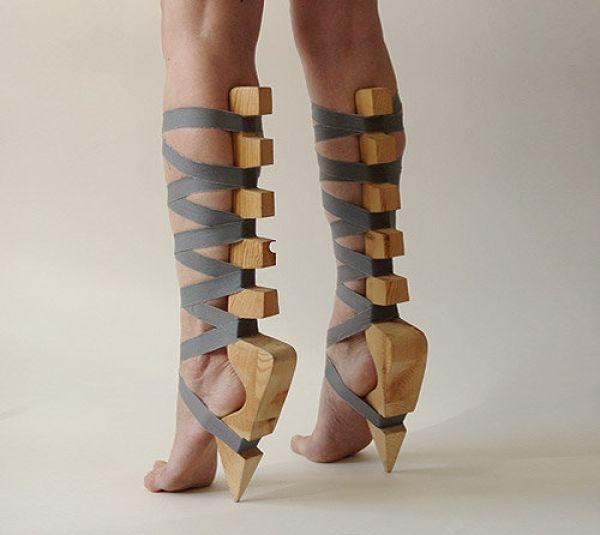 insane_hign_heels_640_10