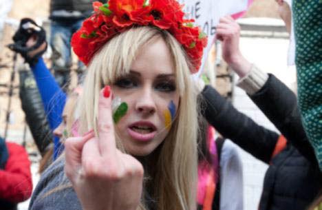 ukrainian-femen-topless-protesters-100