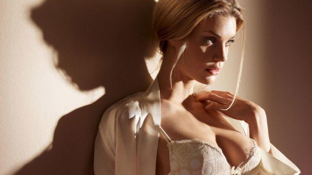 beautiful_and_artistic_female_portraits_640_16