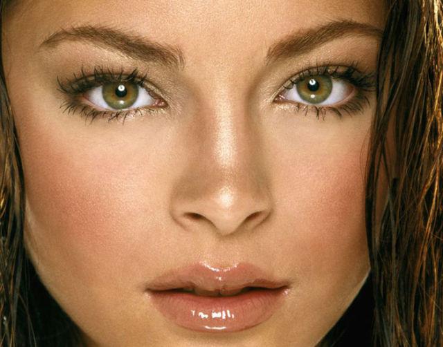 gorgeous_female_eyes_640_39
