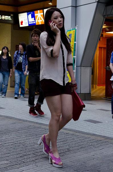 strange_japanese_womens_fashion_640_20