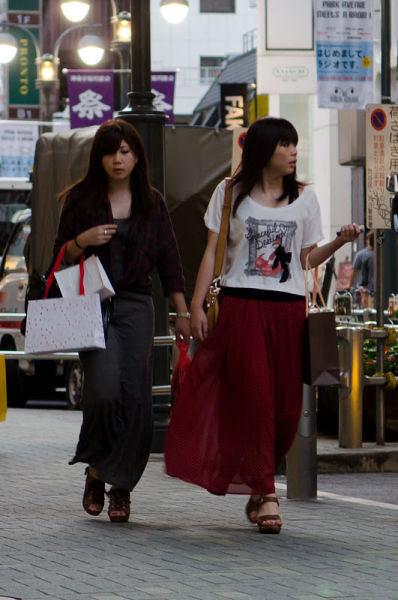 strange_japanese_womens_fashion_640_21