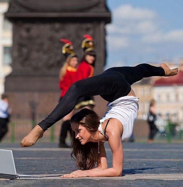 acrobats_16