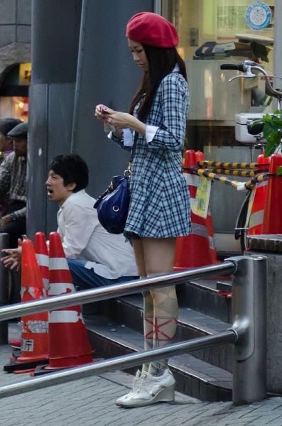 strange_japanese_womens_fashion_640_38