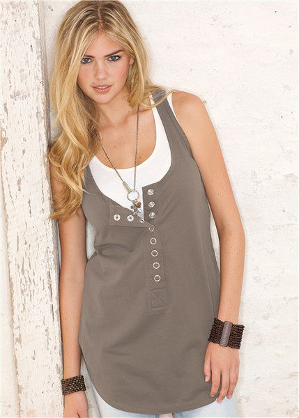 kate-upton-first-modeling-photos-135