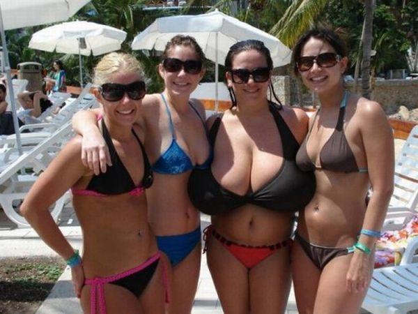 girls_with_xxxxxl_breasts_32