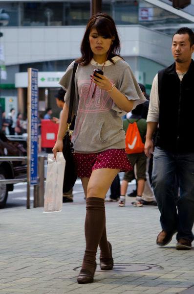 strange_japanese_womens_fashion_640_52