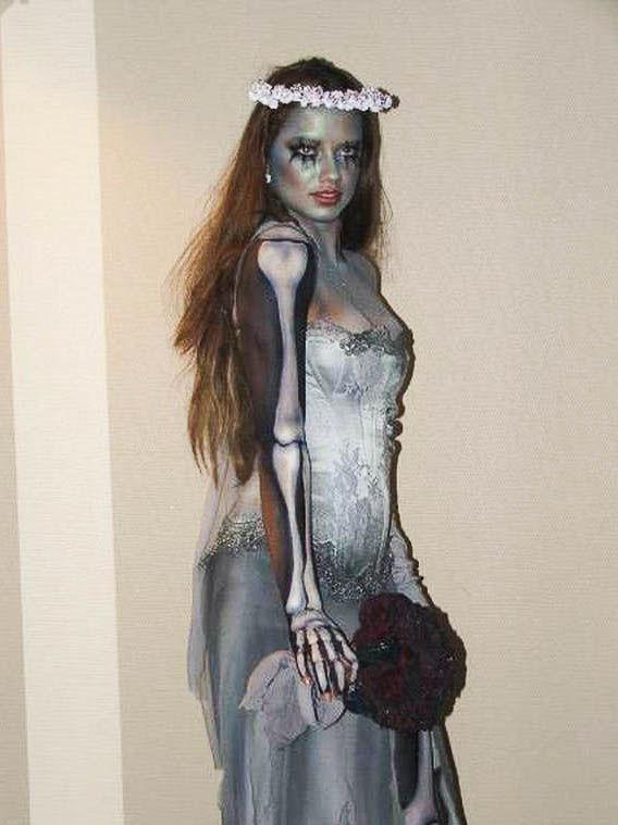 miranda-kerr-halloween-2