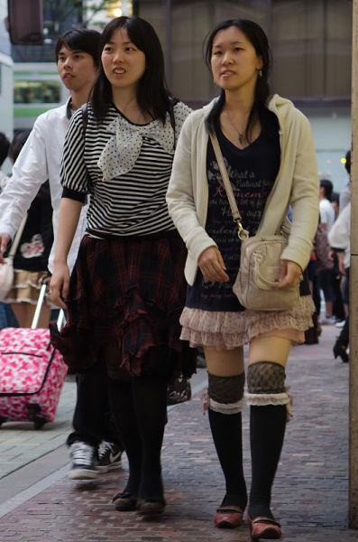 strange_japanese_womens_fashion_640_17